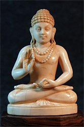 Fine Indian ivory Buddha seated in 'Gesture of Fearlessness' or 'blessing'  or abhaya mudra (3.5 in. tall) - late 19th C